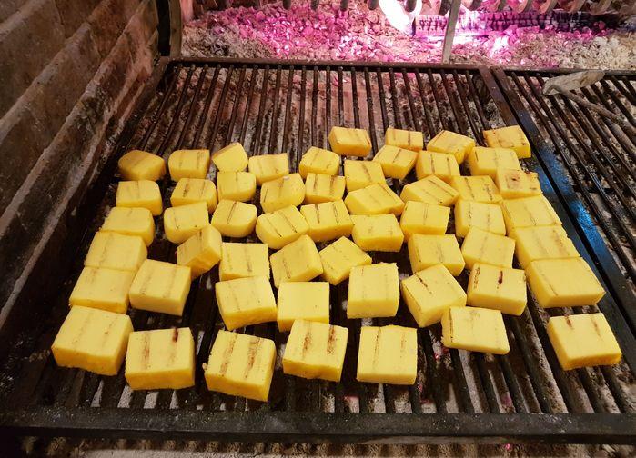 Grillad polenta
