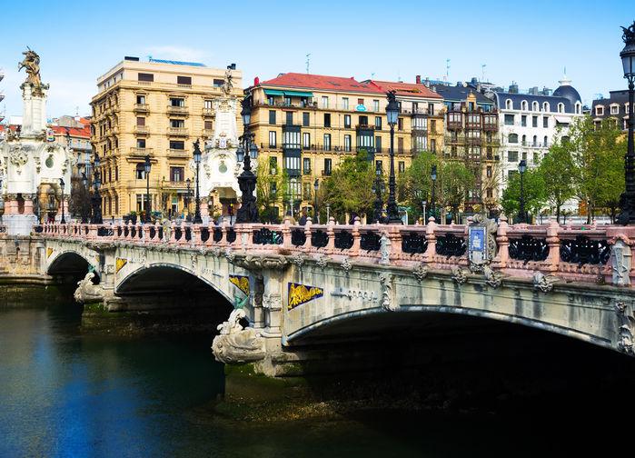 Victoriabron, San Sebastián