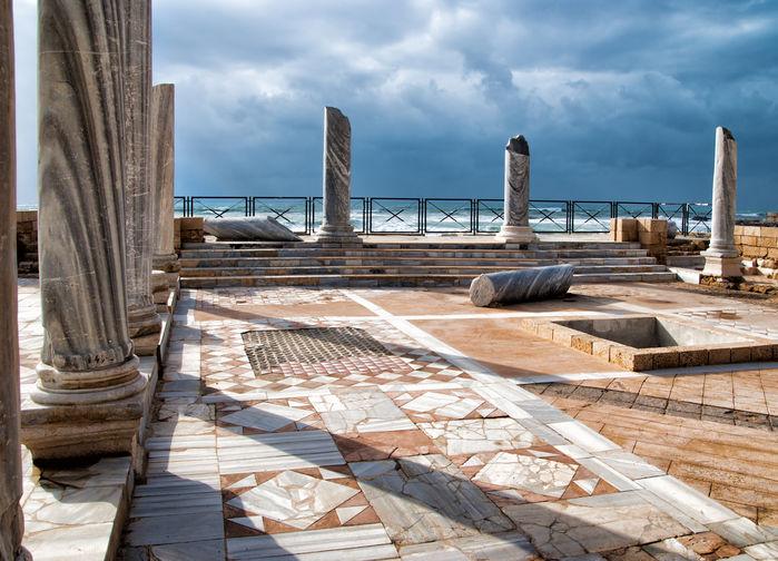 Ruiner i Caesarea