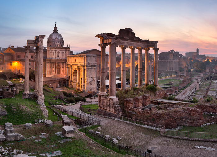 Soluppgång över Forum Romanum