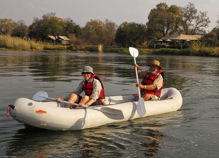 Kanotutflykt på Zambezifloden